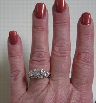 2 carat diamond 3 stone ring